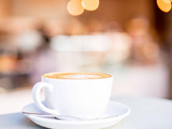 fresh-coffee-cup-urban-deli